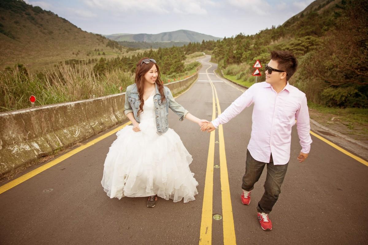 公路自助婚紗|休閒風格婚紗照-新秘Annie